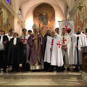 Los Templarios Católicos participan en la procesión y solemne Misa presidida por el Obispo Emérito Su Excelencia Monseñor Dino De Antoni en Borbiago di Mira.
